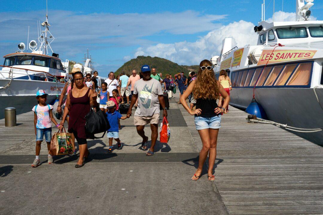 Choubaka sur le ponton du débarcadère