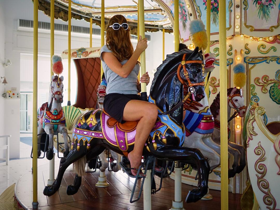 Choubaka fait du cheval à Marigot